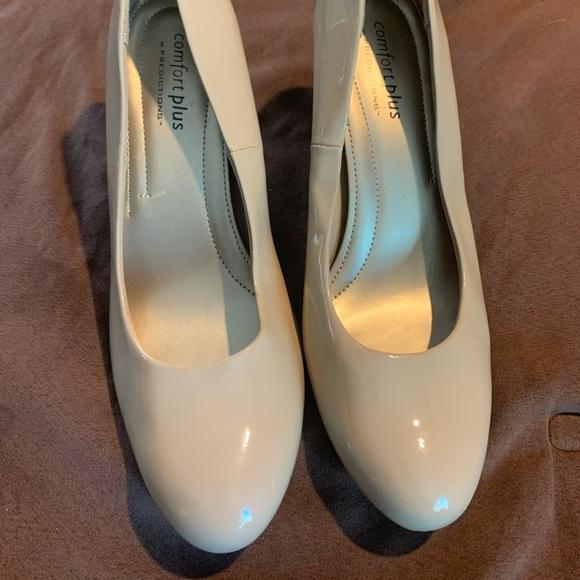 Women's Heels. Comfort Plus. 10W